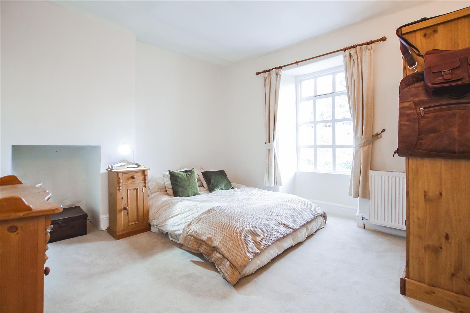 3 Bedroom Semi-detached House For Sale - Bedroom